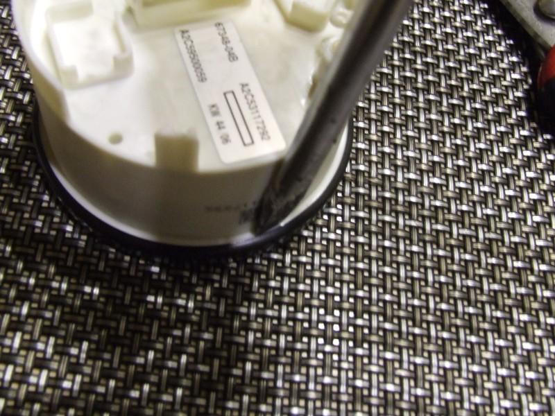 Remplacer l'éclairage des compteurs. DSCF2522