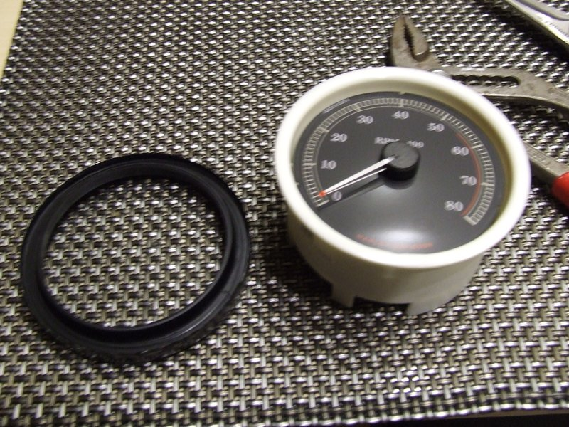 Remplacer l'éclairage des compteurs. DSCF2525